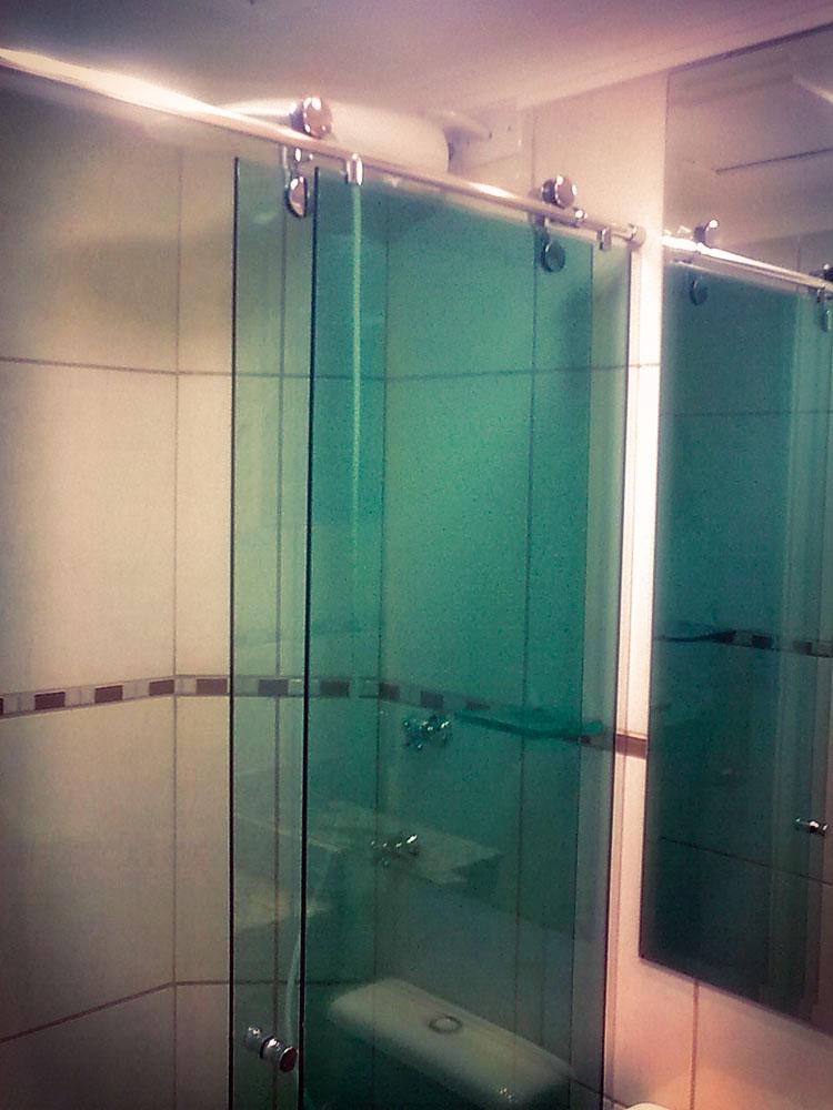Persianas, box para banheiro, armários planejados, esquadrias de alumínio  M # Armarios De Banheiro Bh